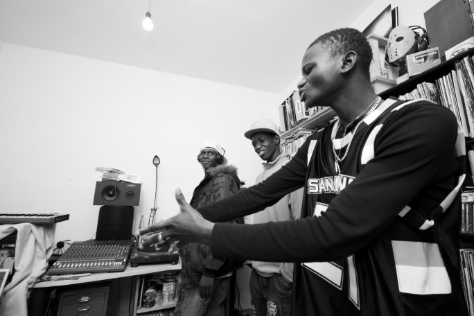 Famille Bou Bess in Session